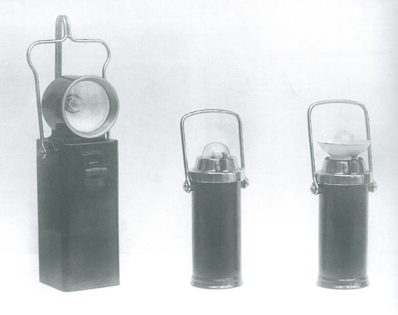 The first miner lamps containing Ni-Cd-batteries are produced